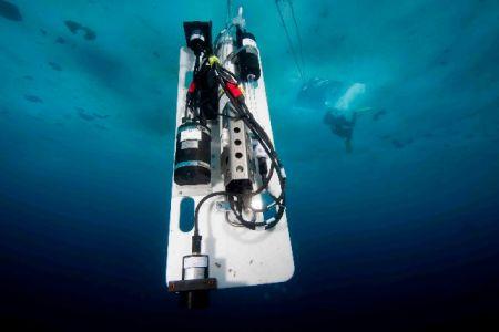 DivingROVmainpage-18.jpg