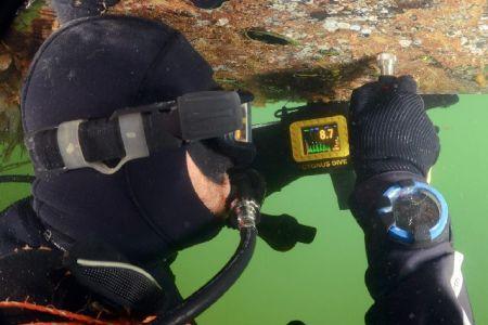 DivingROVmainpage-02.jpg
